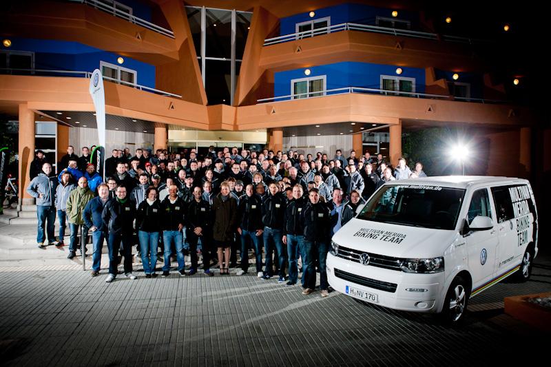 Team-Fotoshooting 2012 Multivan Merida Biking Team